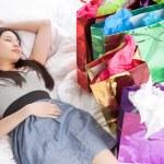 Asian shopping girl — Stock Photo