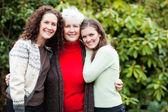Abuela, hija y nieta — Foto de Stock