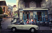 Walk across Paris — Stock Photo