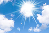 Sun and cloud — Stock Photo