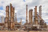 Industria petroquímica de la refinería de petróleo — Foto de Stock