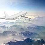 Постер, плакат: Boeing 747 in sky