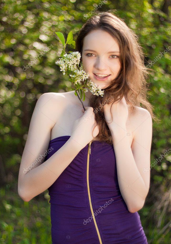Outdoor Pic Nude Teen 10