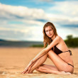 Woman relax on beach — Stock Photo