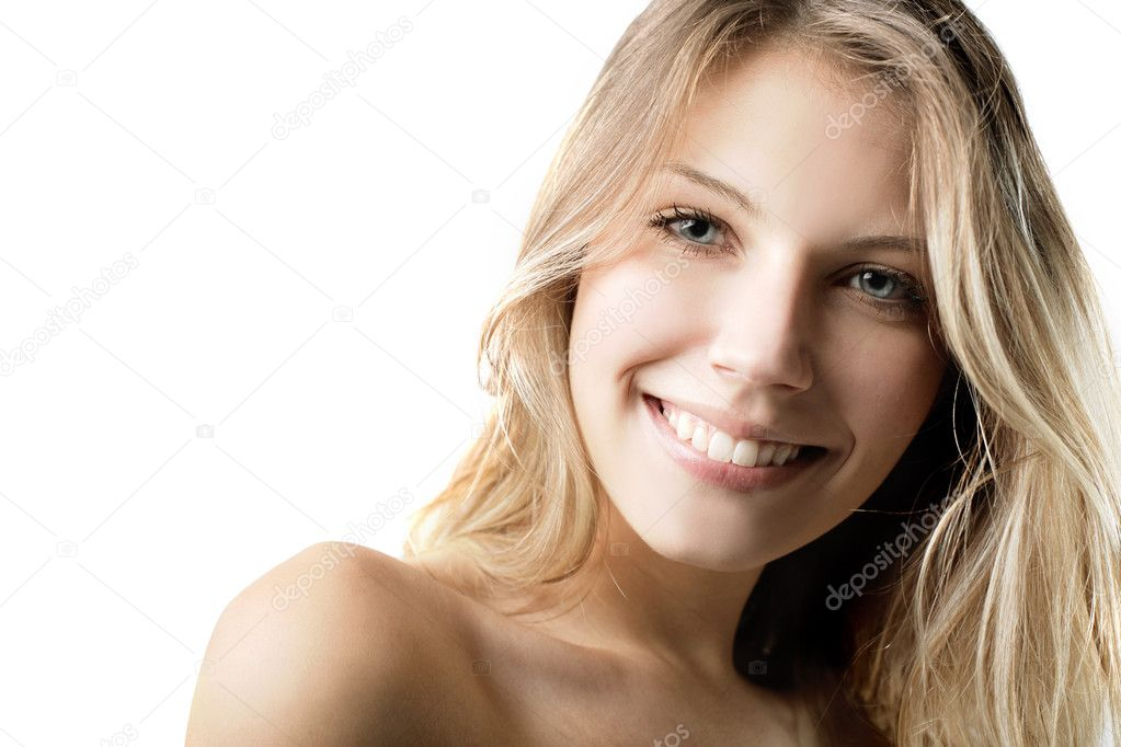 Portrait of a beautiful smiling woman — Stock Photo #5759571