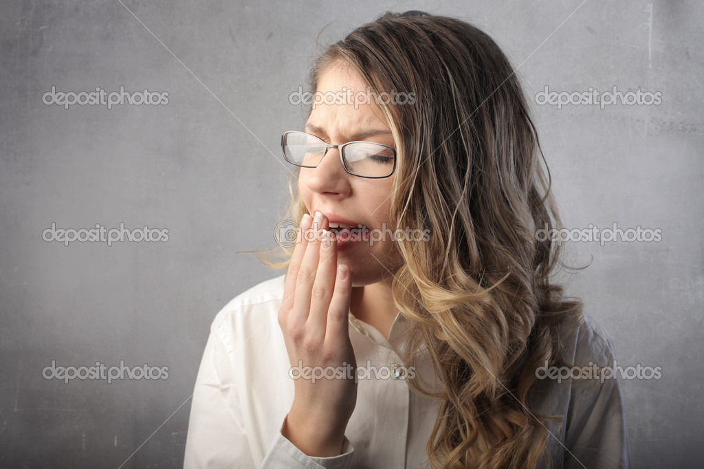 Beautiful businesswoman gaping — Stock Photo #5762535