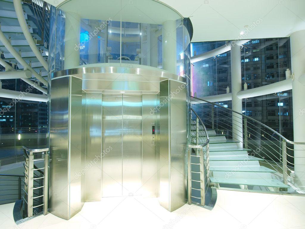Genomskinlig hiss — stockfotografi © marchcattle #5892327