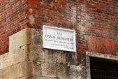 Street name board Via Dante Allighieri in Verona — Stock Photo