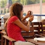 Teenage girl tourist — Stock Photo