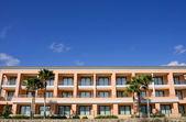 Clean lines of luxury hotel on Spanish beach — Stock Photo
