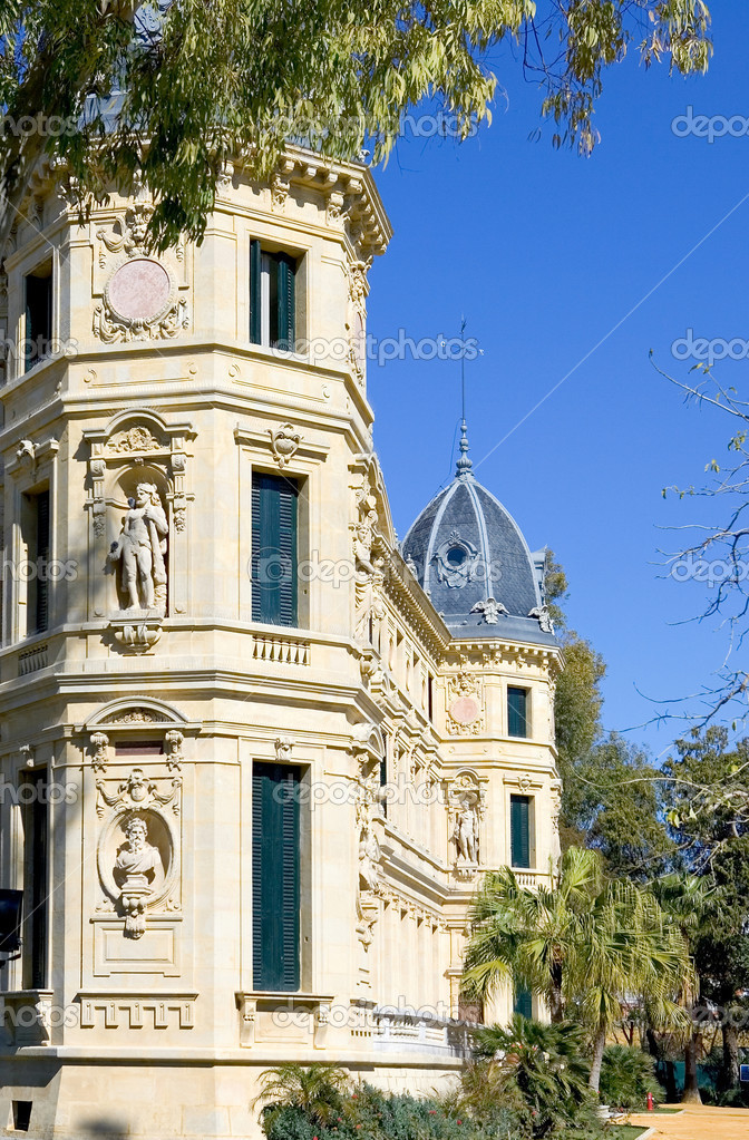 Elaborate and ornate architecture and building of Jerez horse riding school in Spain — Stock Photo #6235616