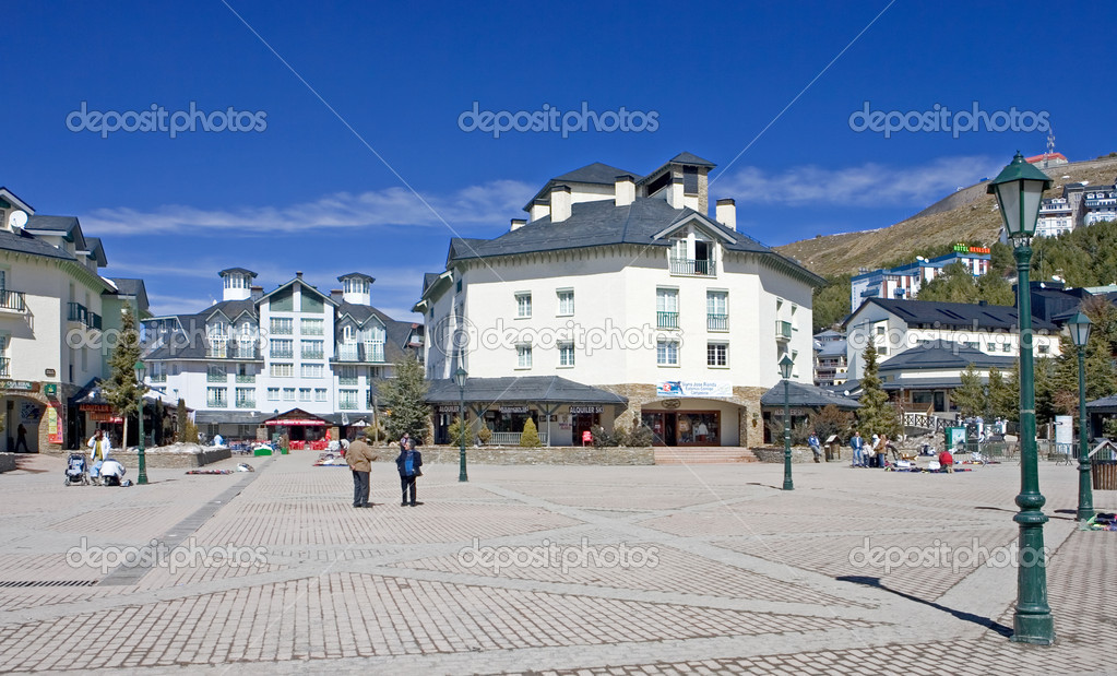 Main town square of Prodollano ski resort in the Sierra Nevada mountains in Spain — Stock Photo #6238614