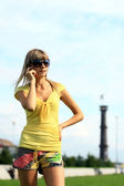 Girl talking on the phone. — Stock Photo