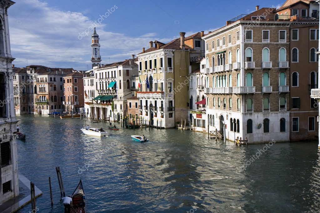Buildings on the big canal of Venice, Italy — Stock Photo #6391744