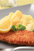 Fried fish and mashed potato — Stock Photo