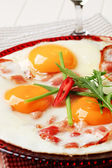 Ham and eggs — Stock Photo