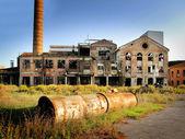 заброшенная фабрика — Стоковое фото
