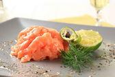 тартар из лосося — Стоковое фото
