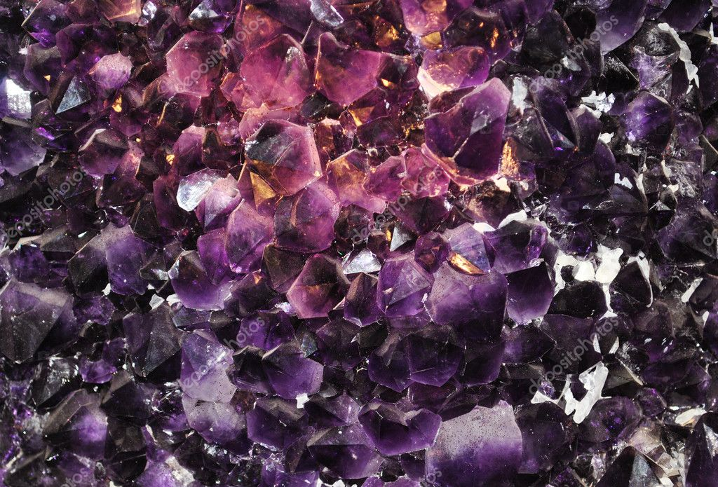 Amethyst, quartz, rock, geology, whole, nugget, mine, minerals, nature, gift, land, mineral, crystal, a collection, natural, real, rare, purple, black — Stock Photo #5875762