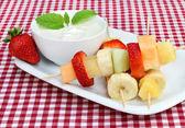 Fruit Kabobs with Dip — Stock Photo