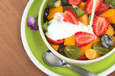Fresh Fruit Salad with Yoghurt — Stock Photo