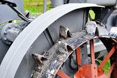 Antika traktör — Stok fotoğraf