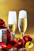 Dwa szkła z szampanem — Zdjęcie stockowe