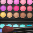 Eye shadows palette and brushes — Стоковое фото