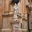 Saint statue, Mdina streets, Malta — Stock Photo