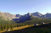 Stare domki w górach — Zdjęcie stockowe