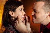 Muži, péče o zuby přítelkyně — Stock fotografie