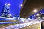 夜に都市を交通します。 — ストック写真