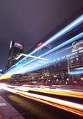 Tráfico de la ciudad de Taipei en la noche — Foto de Stock
