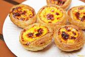 Portuguese egg tart — Stock Photo
