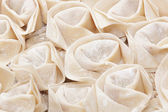 Fresh hand made Chinese dumplings — Stockfoto