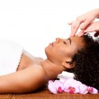 Facial massage in beauty spa — Stock Photo