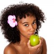 Healthy woman eating apple — Stock Photo
