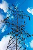 Simbolo dell'industria di energia - pilone ad alta tensione — Foto Stock