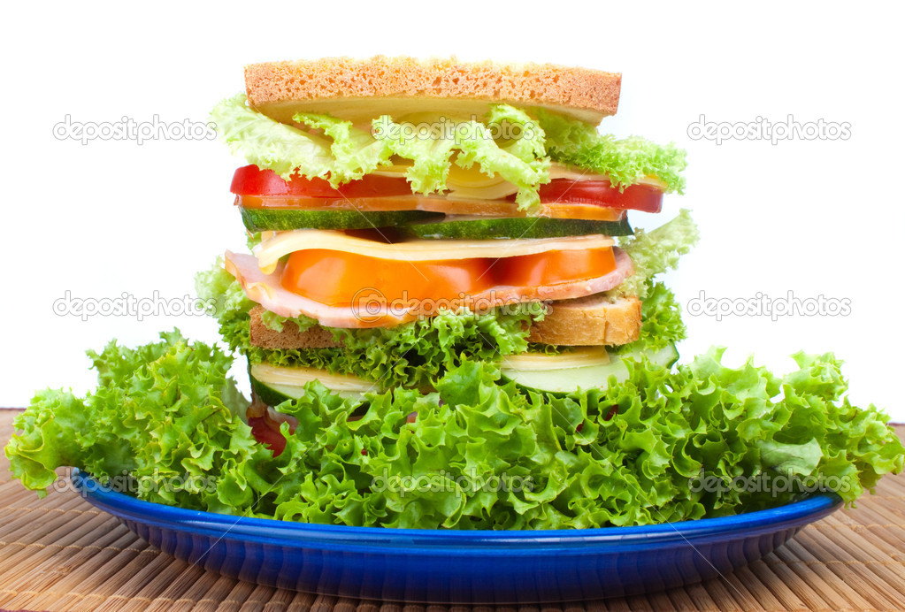 Healthy ham sandwich with cheese, tomatoes, pepper and lettuce — Stock Photo #5856563