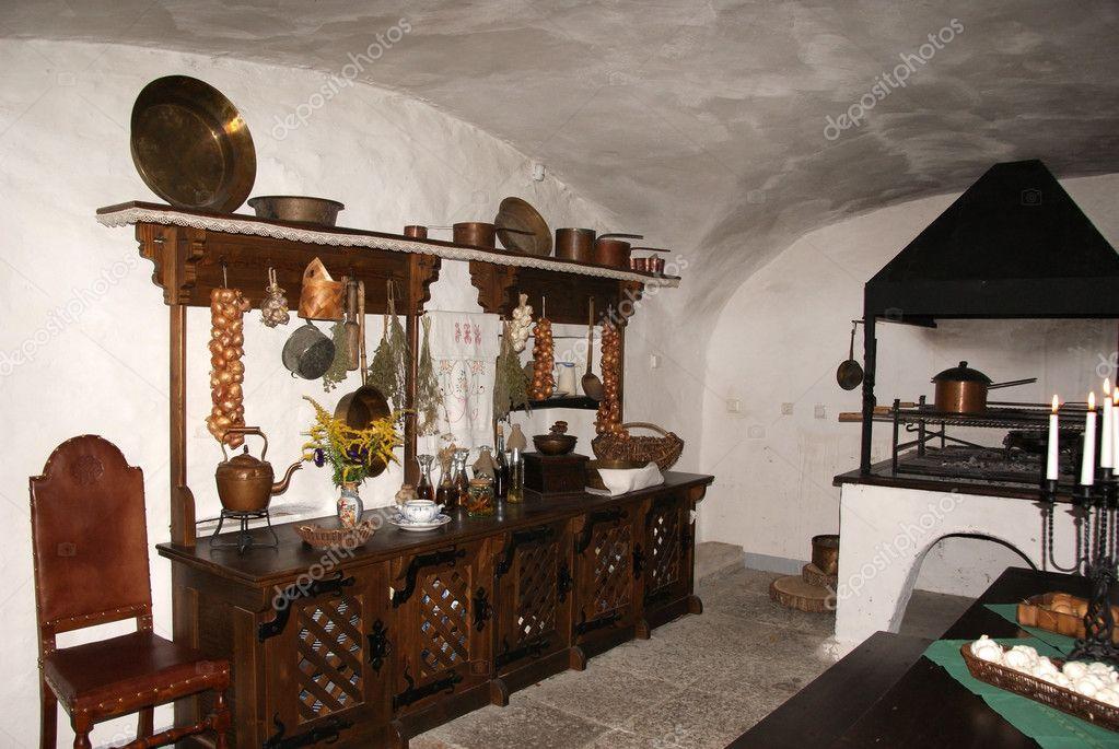 Stara kuchnia — Zdjęcie stockowe © kolyvanov #6608656