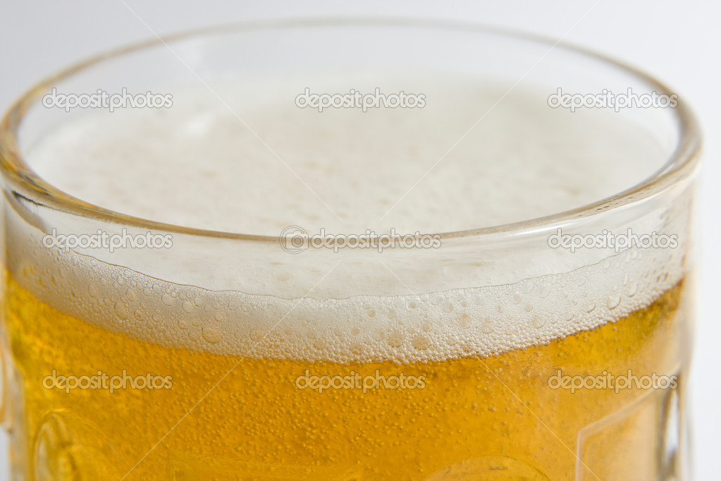 Light beer — Stock Photo #5824756