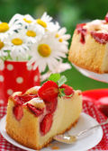 Piece of strawberry cake — Stock Photo