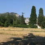 Landscape with the Massandra Palace — Stock Photo #5624297
