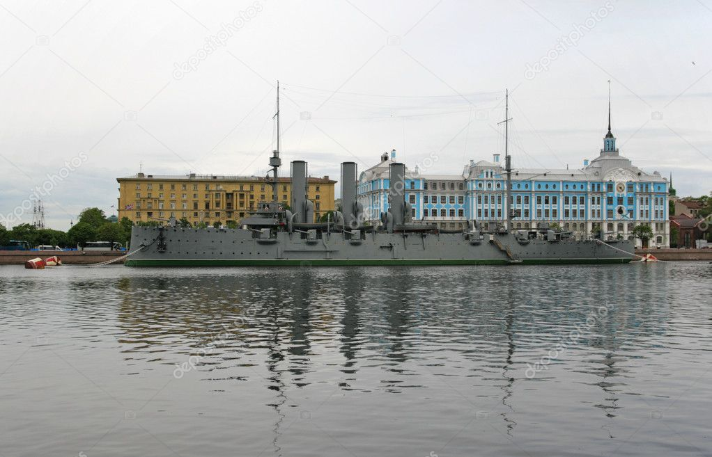 The Aurora is a Russian protected cruiser, currently preserved as a museum ship in St. Petersburg. She became a symbol of the Communist Revolution in Russia. — Stock Photo #5626077