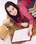 Dívka dělat domácí úkoly — Stock fotografie