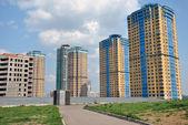 Modern high-rise apartments — Stock Photo