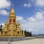 Beach temple koh samui thailand — Stock Photo