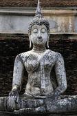 Väderbitna buddha sukhothai temple thailand — Stockfoto