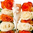 Champagne and roses — Stock Photo #5678338