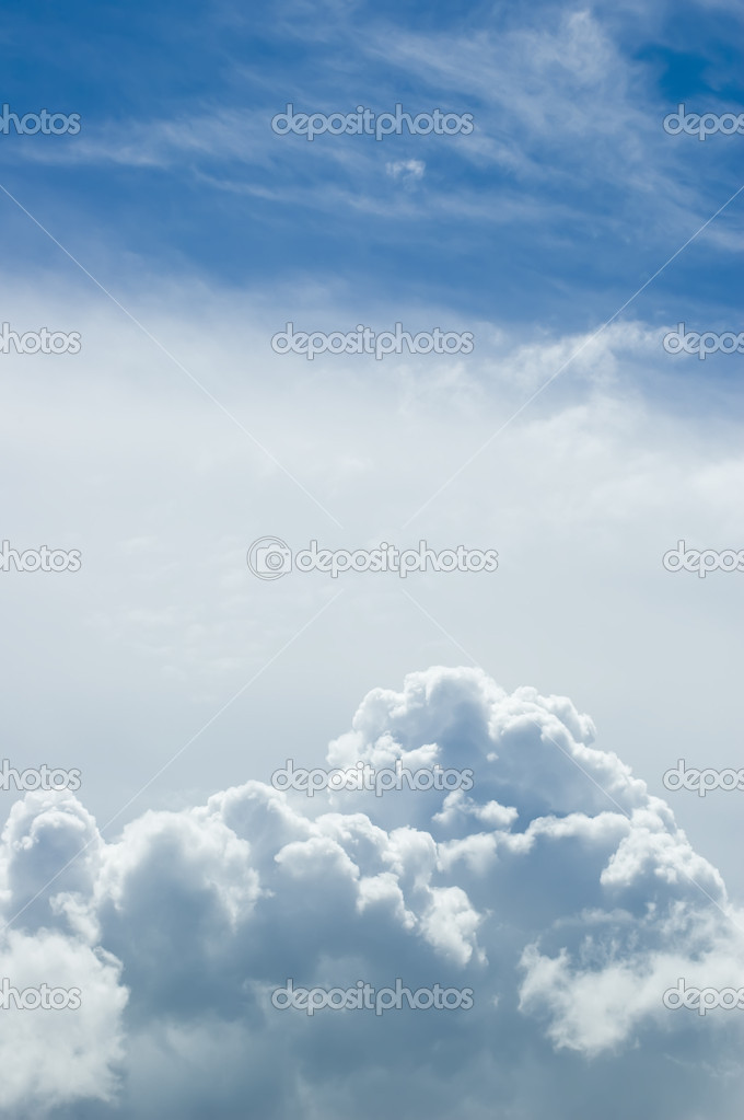 Beautiful sky with clouds — Stock Photo #5439822